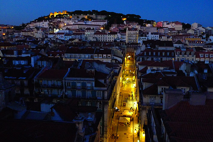 View of the Alfama neighborhood and the Castelo de São Jorge (Castle)